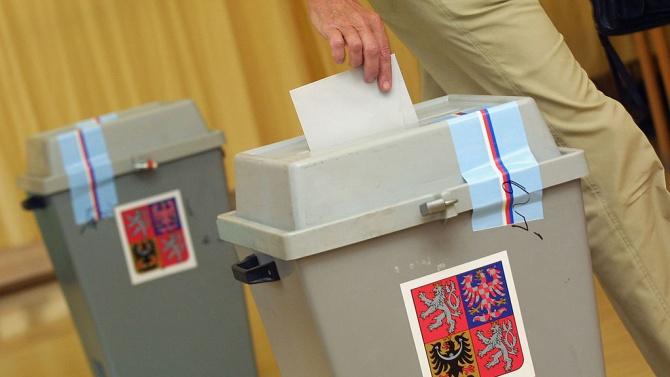 Започна гласуването в регионалните и сенатските избори в Чехия