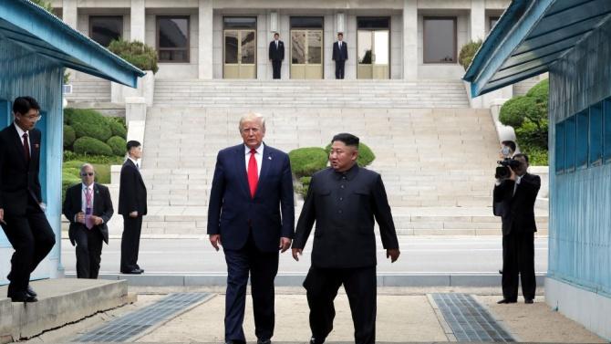 Ким Чен-ун изпрати послание на Доналд Тръмп