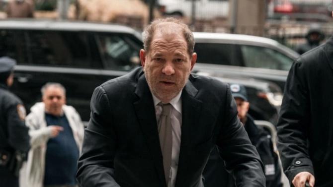 Харви Уайнстийн получи обвинения за още 6 сексуални престъпления
