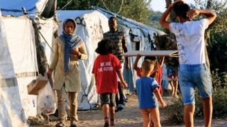 Първи смъртен случай от COVID-19 в мигрантски лагер в Гърция