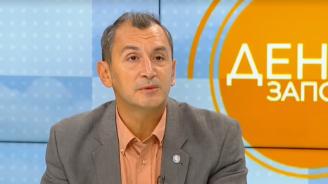 Доц. Михаил Околийски: Темата за затягането на мерките се политизира