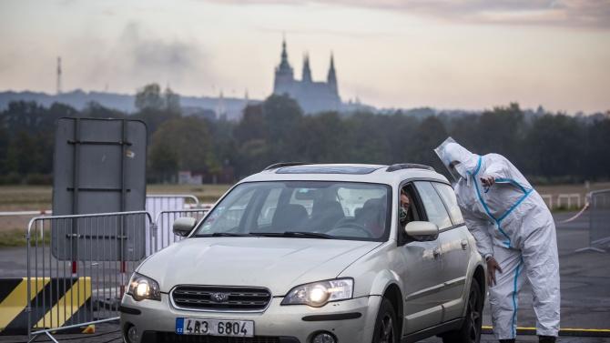 След половингодишно прекъсване Чехия върна извънредното положение заради коронавирусната пандемия,