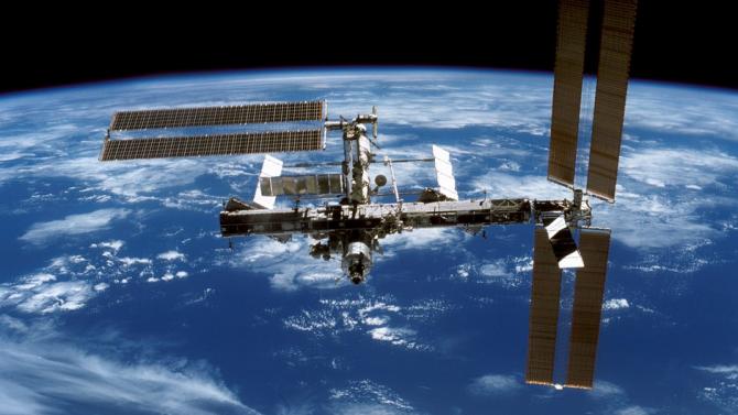 """Екипажът на МКС пристъпи към скачването с американския товарен кораб """"Сигнус"""""""