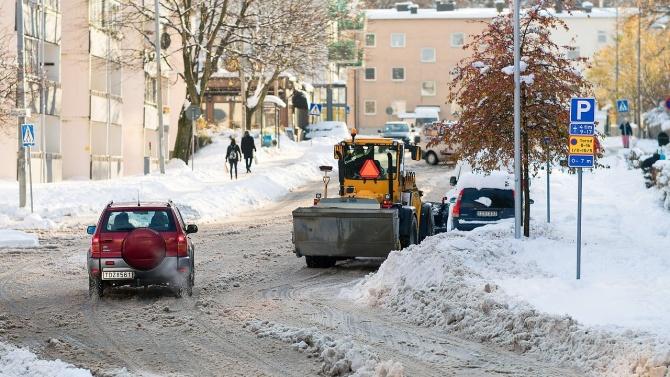 Община Търговище обяви обществена поръчка за снегопочистване на 211 км от общинската пътна мрежа