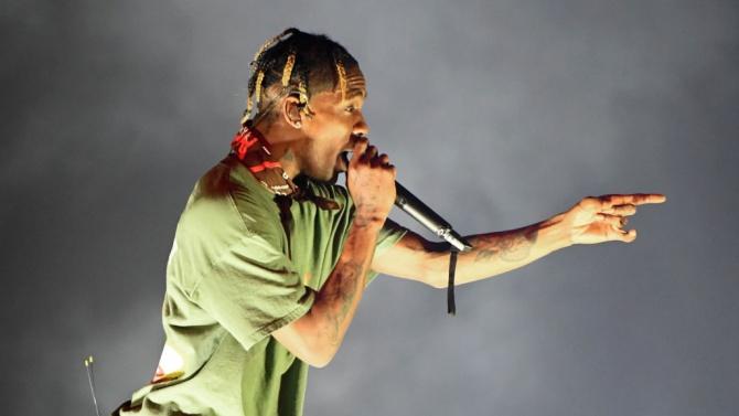 """Рапърът Травис Скот оглави класацията на """"Билборд"""" за сингли"""