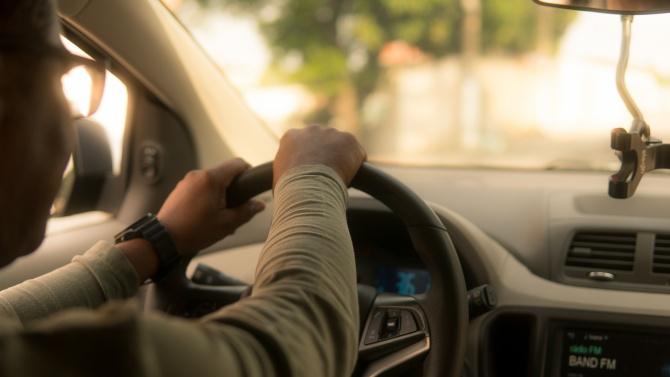 Спипаха дрогиран шофьор без книжка