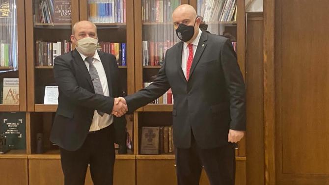 Иван Гешев връчи акта за встъпване в длъжност на апелативния прокурор на Бургас
