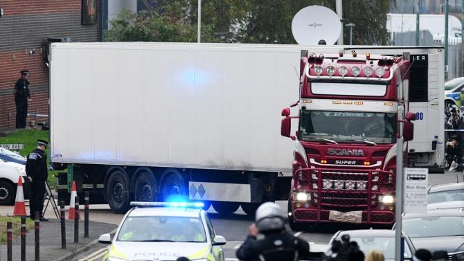 Започна процесът срещу участниците в случая с камиона-ковчег във Великобритания