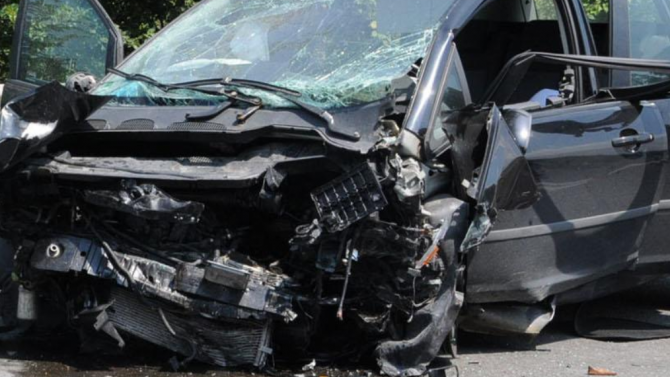 Пловдивчанка отне предимство на пътя и предизвика катастрофа
