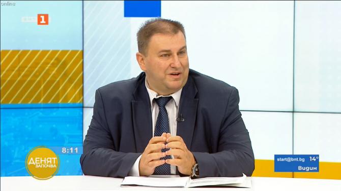 Емил Радев: Резолюцията на ЕП се прие силово, не е добър документ