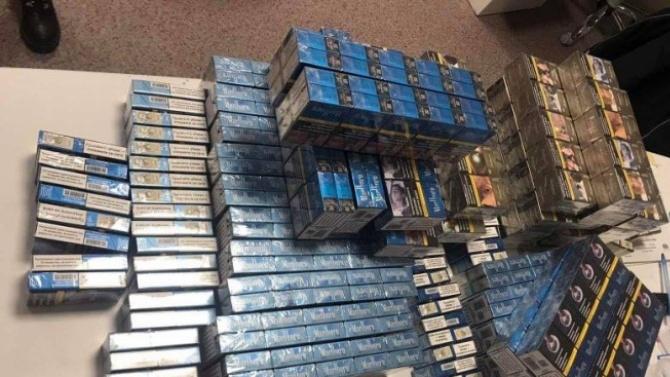 Контрабандни цигари за над 7 бона спипаха митничари на МП Калотина