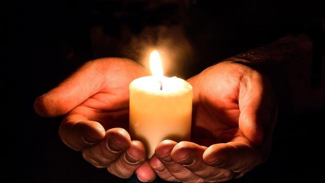 Съболезнования за близките на загиналите в тежката катастрофа край Лесово