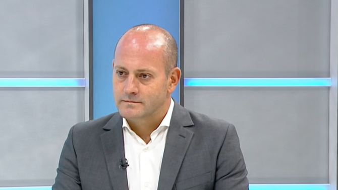 Успех за българските граждани е еврорезолюцията, смята инициаторът й Радан Кънев