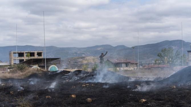 Армения и Азербайджан съобщават за продължаващ обстрел в Нагорни Карабах