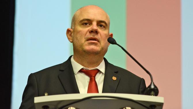 Иван Гешев внесе в НС доклад за свършеното от прокуратурата