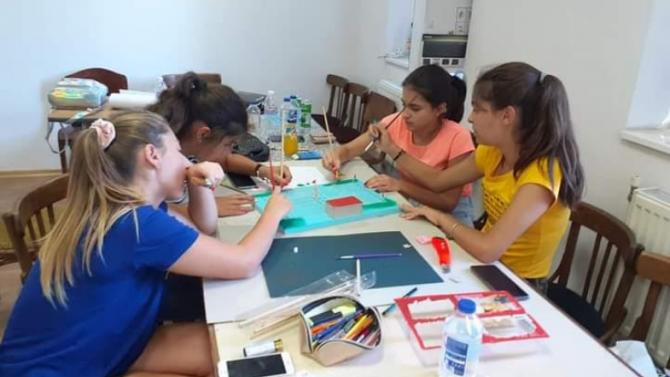 Младежи от село Лисец, община Ловеч, участваха в проект на