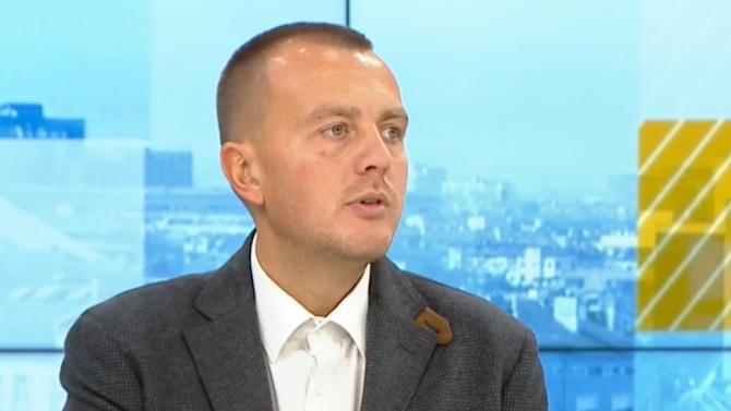 Петър Ганев: Икономиката ще се свие с около 4-5%