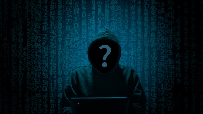 Разбиха международна банда хакери, сред тях и българи