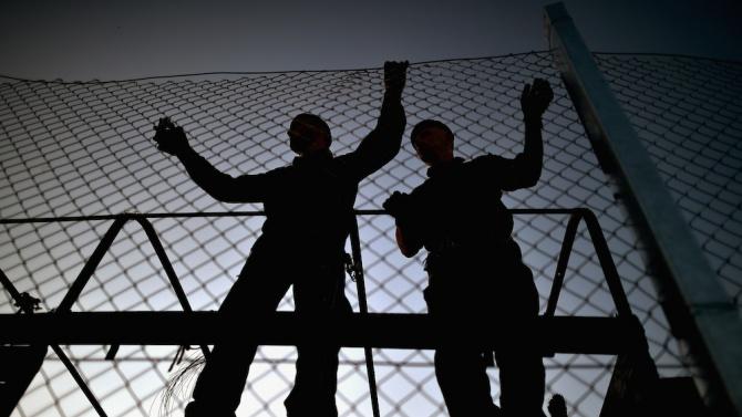 Гърция строи нова ограда по границата си с Турция