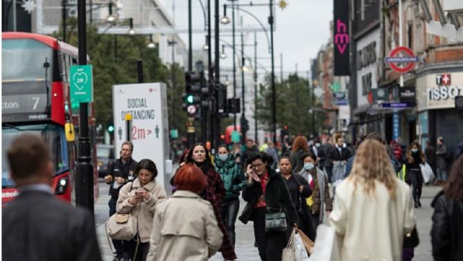 """""""Мудис"""" понижи кредитния рейтинг на Великобритания"""