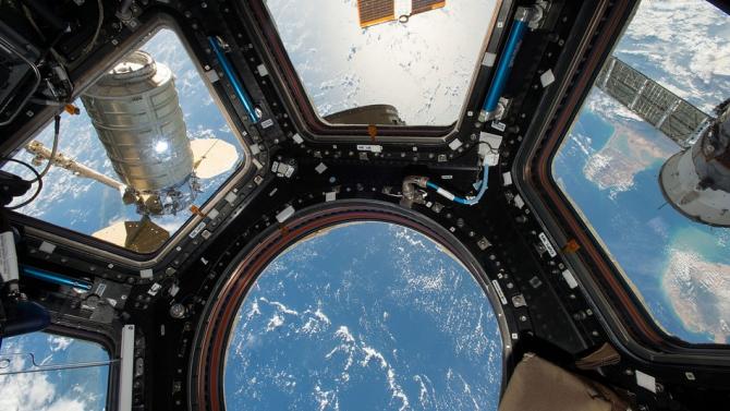 Екипажът на МКС възстанови работата на системата за подаване на кислород