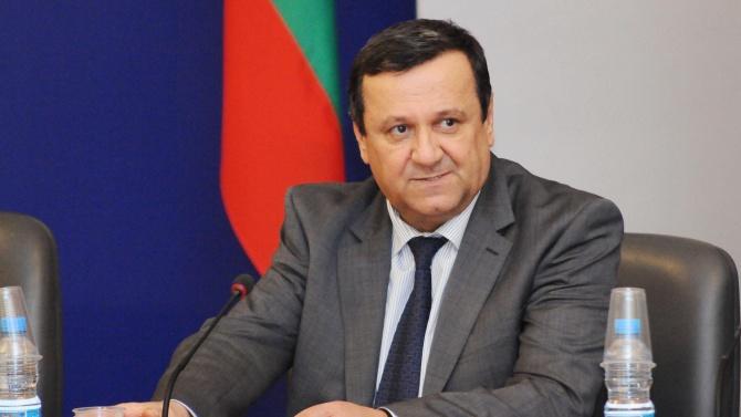 Д-р Хасан Адемов пред novini.bg: За нашите лекари празниците не се различават от делниците
