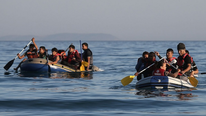 Австралия праща 1100 бежанци в САЩ