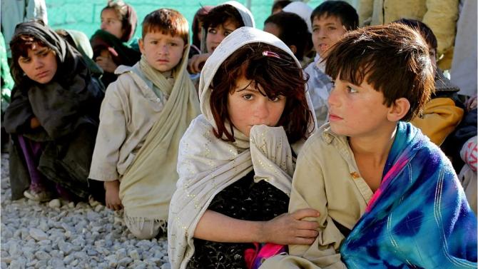 Едно на всеки шест деца в света живее в крайна