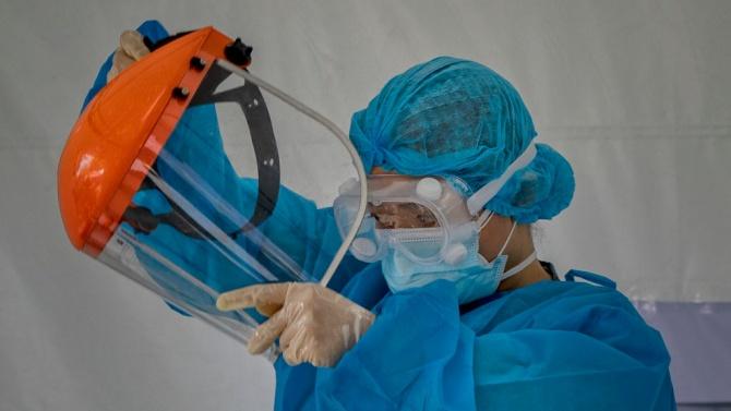 Лекар от Карловската болница: Изнемогваме!