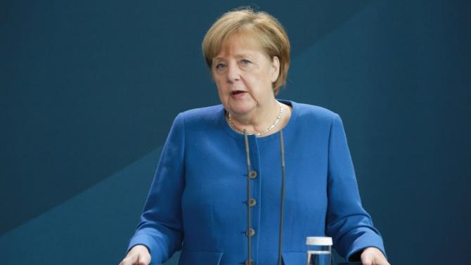 """Ангела Меркел: Германия ще продължи да подкрепя Ирак в борбата срещу """"Ислямска държава"""""""