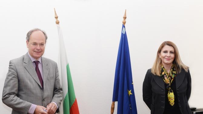 Уверихме Германия, че работим усърдно по препоръките в доклада на ЕК
