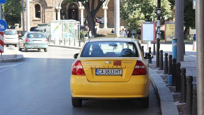 Държавата има готовност за финансова подкрепа на таксиметровите превозвачи