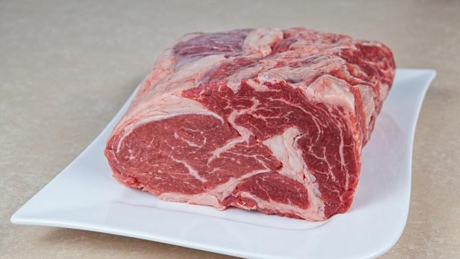 От магазин в Ракитово са иззети близо 700 килограма месо