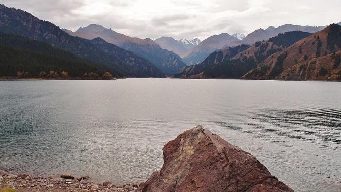 Чудовището от езерото Тянчи съществува?