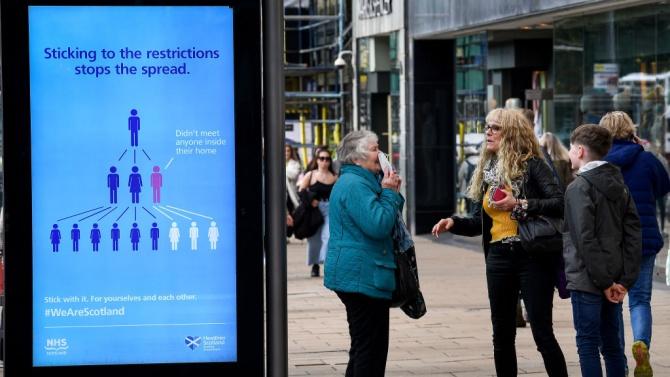 Европа затяга осезаемо мерките срещу коронавируса