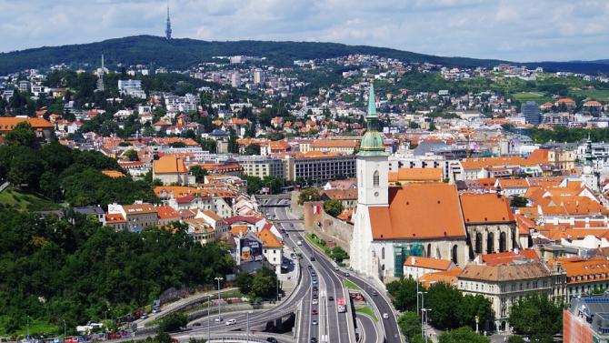 Словашки депутати са заразени с коронавируса