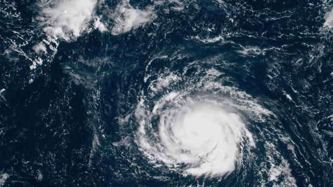 Тропическа буря Зета се образува в Карибско море