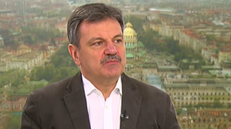 Д-р Александър Симидчиев: Притеснителна е общата бройка на новозаразените с коронавирус