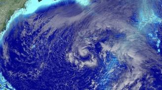Тропическата буря