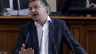 Депутатът Драгомир Стойнев е с положителна проба за COVID-19