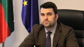 Зам.-външният министър Георг Георгиев се самоизолира