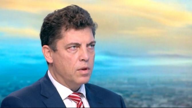 Милен Велчев с критика за раздаването на пари