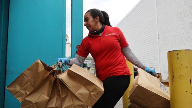 Община Търговище приема заявки за доставки по домовете