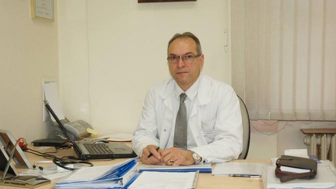 """Лекар от """"Александровска"""": Мерките не са толкова стриктни, но въпреки това не се спазват"""