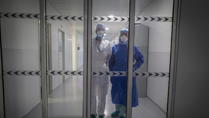 Заразен с коронавирус персонал в Дома за стари хора в Сливен