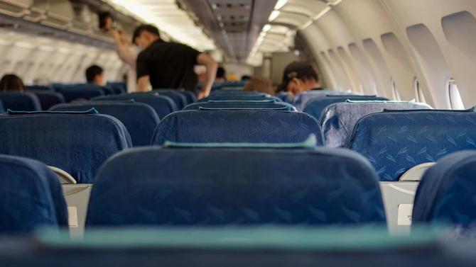 По-малко вероятно е да се заразите с новия коронавирус в самолет, отколкото в магазина