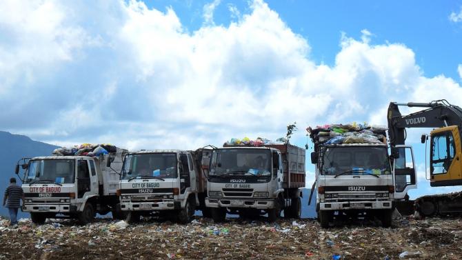 Нов сметосъбиращ автомобил, който да повдигне нивото на чистота в