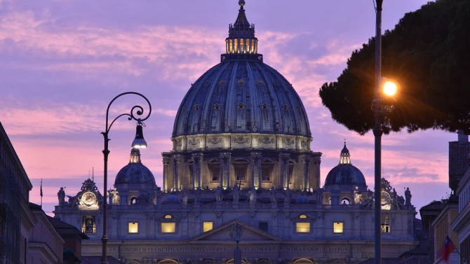 Ватикана:  Тероризмът и насилието не могат да бъдат приети