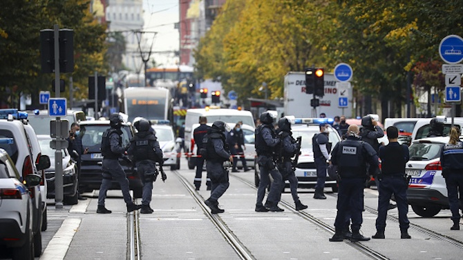 Българин в Ница разказа за ужаса във Франция след атаките