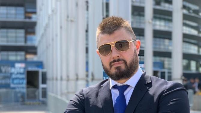 След като пребори вируса, Бареков се захвана да издирва Христо Иванов